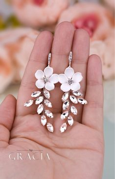 KORINNA Wedding Crystal White Flower Jewelery Set Bridal Earrings And Bracelet by TopGracia