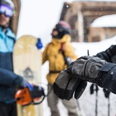 Built with a durable, waterproof goat leather exterior, the Off-Piste Leather is a favorite with the Level Pro Team and for those pushing the limits in the mountains 🤘🤘 📷 Ski Accessories, Snowboard, Goat, Skiing, Athlete, Gloves, Passion, Exterior, Adventure