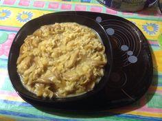 Arroz con huevos de rey encebollados y leche de soja