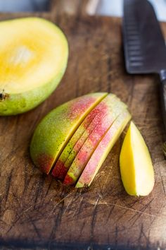 ....cutting fruit is a pieceful, easy enough thing to do, done mindfully with spirit guidance on what to eat. i like the linearness, the sensation of the knife through the flesh of the fruit. i like the texture of the wood on the cutting board here in the pic.