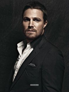 Stephen Amell as Asher Crane Team Arrow, Arrow Tv, Robie Amell, Oliver Queen Arrow, Stephen Amell Arrow, Oliver And Felicity, Felicity Smoak, Supergirl And Flash, Green Arrow