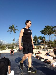 Tony Horton leading a workout in the Bahamas