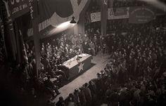 Branguli-Mitín dela UGT y el PSUC en el teatro Olympia de Barcelona (1926)    photo by Josep Branguli Soler