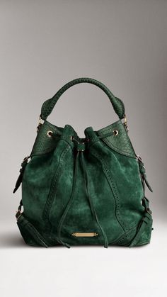 Beautiful Green Handbag. I want!