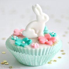 GF Gluten-Free Easter Cupcakes - Foodista.com