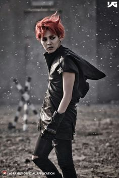 G-Dragon in Monster mv