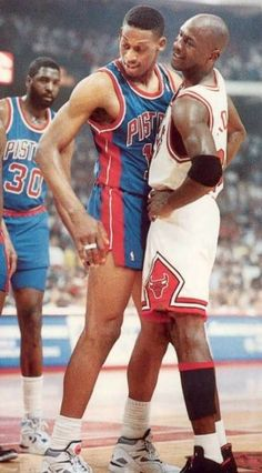 10 NBA Players Michael Jordan Respects And 10 He Does Not - I Breathe Basketball Sport Basketball, Basketball Pictures, Love And Basketball, Basketball Legends, Sports Pictures, College Basketball, Basketball Players, Street Basketball, Basketball History