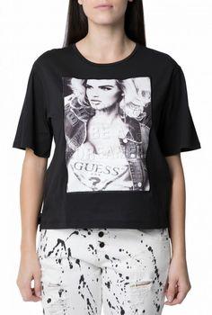 3610557abae7 GUESS - Γυναικεία κοντομάνικη μπλούζα GUESS μαύρη με στάμπα
