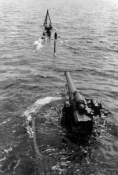 Romanian Navy submarine in the black sea, september 1941 - pin by Paolo Marzioli Black Sea, World War Two, Romania, Wwii, September, Army, Gi Joe, World War Ii, Military