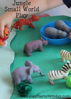 Jungle Small World Play
