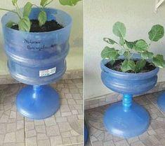 Com - Recycled Garden Ideas Diy Home Crafts, Garden Crafts, Garden Projects, Garden Art, Garden Ideas, Tower Garden, Garden Club, Garden Soil, Garden Gates