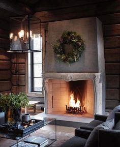 〚 Modern chalet with moody dark interiors in Norway 〛 ◾ Photos ◾Ideas◾ Design Hm Home, Dark Interiors, Cottage Interiors, Beautiful Interiors, Herd, Winter House, Scandinavian Home, Interior Exterior, Interior Paint