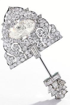 Rosamaria G Frangini | High Antique Jewellery | Vintage Jewellery | An Art Deco Platinum and 'Taveez' Diamond Cliquet, Cartier, circa 1925, Indian inspiration.