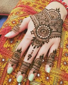 121 Simple mehndi designs for hands - Henna - Henna Designs Hand Henna Hand Designs, All Mehndi Design, Mehndi Designs Finger, Mehndi Designs Feet, Mehndi Designs For Kids, Mehndi Designs Book, Mehndi Designs For Beginners, Unique Mehndi Designs, Mehndi Design Images