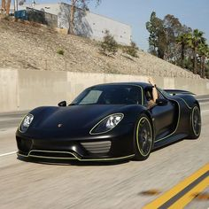 The Phenomenal Porsche 918 Spyder Porsche 918 Spyder, Porsche Gt, Porsche Carrera Gt, Weird Cars, Cool Cars, Sport Cars, Race Cars, Porche Car, Lux Cars