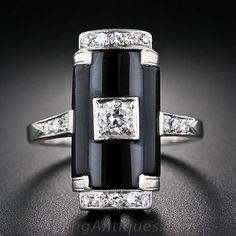 Art Deco Platinum, Onyx and Diamond Ring circa 1930