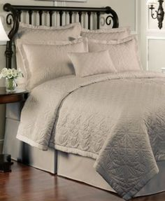 Waterford Bedding, Lismore King Quilt
