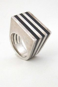 Puig Doria Spain modernist silver and ebony heavy ring