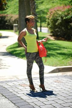 Once Upon a Trend : Neon Camo