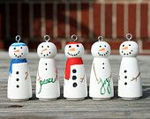 Make these as little soldiers and then hang them on a string for under the mantle