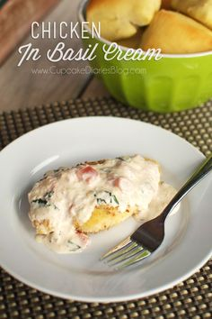 Chicken in Basil Cream #chicken #recipe | CupcakeDiariesBlog.com