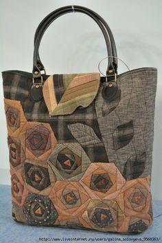 Подборка лоскутных сумок и сумочек. Обсуждение на LiveInternet - Российский Сервис Онлайн-Дневников