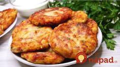 Tieto placky milujem, sú veľmi chutné a lahodné. Vždy, keď zvýšia uvarené zemiaky, robím z nich túto dobrotu. Potrebujeme: Varené zemiaky -600 g (5 ks) Šunka alebo klobása – 150 g Syr – 100 g Múka hladká -1 lyžica Vajcia -2 ks Zelené bylinky – podľa chuti Soľ – podľa chuti Čierne korenie – podľa... Pizza Appetizers, Appetizer Dips, Blue Food, No Cook Meals, Tandoori Chicken, Baked Potato, Chicken Recipes, Dinner Recipes, Food And Drink