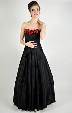 1//6 Black Strapless Evening Dress Large Chest Body Long Skirt Costume Model