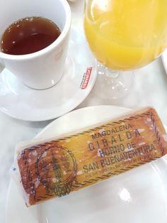 Où manger une bonne pâtisserie à #Séville #Espagne #Andalousie Seville Spain, Magdalena, Tapas, Alcoholic Drinks, Destinations, Food, Travel, Camping, Car