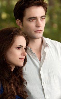 The Twilight Fansite.net - Edward and Bella in Breaking Dawn Part 2