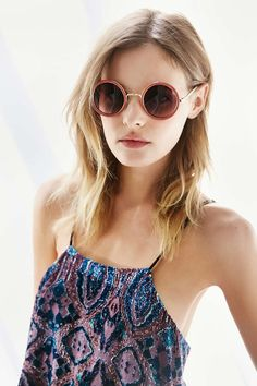 Cassidy Round Sunglasses - Urban Outfitters