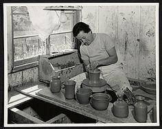 "Marguerite Wildenhain at ""her"" wheel at the Pond Farm Pottery studio in Guerneville, CA Strategisches Marketing, Potters Clay, Artisan & Artist, Pottery Videos, Ceramic Workshop, Coaching, Walter Gropius, Spiegel Online, Pottery Sculpture"