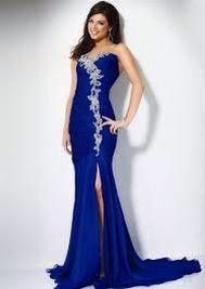 Hermosa vestido con pelo detalles de piedra color azul rey
