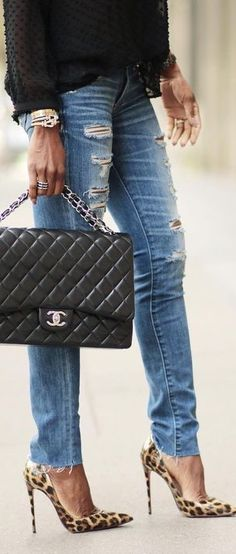 Chanel • Street CHIC • ❤️ Curated by Babz™ ✿ιиѕριяαтισи❀ #abbigliamrento