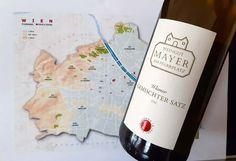 Gemischter Satz – perinteinen itävaltalainen viinityyli Wiener Schnitzel, Drinks, Bottle, Food, Simple Sentences, Wine, Drinking, Beverages, Flask