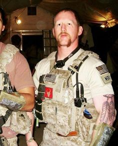 """special-operations: """"DEVGRU """" Fucking love that they run DH patches Robert O'neill, Operation Red Wings, Special Forces Gear, Cool Hand Luke, Us Navy Seals, Delta Force, Red Team, Afghanistan War, American Veterans"""