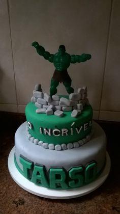 Bolo do incrível Hulk www.facebook.com/lulubisdoceira