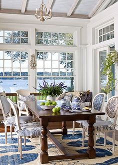 Blue and white sunroom - Love it all but the table.