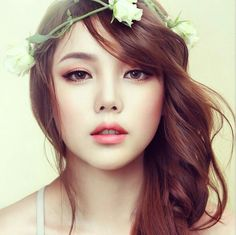 Park Hye Min Ulzzang – Pony makeup – Pony Beauty Diary So beautiful and natural… - Braut Korean Makeup Look, Korean Makeup Tips, Korean Makeup Tutorials, Asian Makeup, Korean Beauty, Asian Bridal Makeup, Bride Makeup, Wedding Hair And Makeup, Hair Makeup