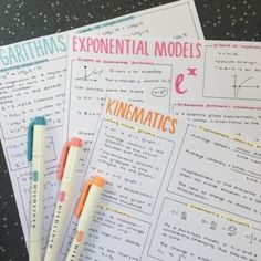 Math Notes, Class Notes, Pretty Notes, Good Notes, Note Taking Tips, Taking Notes, School Organization Notes, College Student Organization, Neat Handwriting