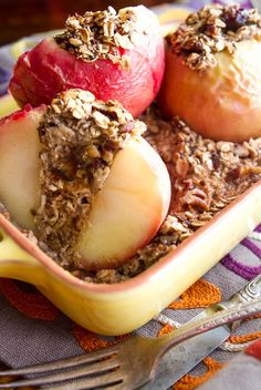 Baked Apples Stuffed with Cinnamon Date pecan Oatmeal. Healthy enough for breakfast & indulgent enough for dessert! #vegan #recipes #fall
