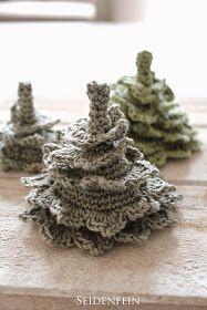 seidenfeins Blog vom schönen Landleben: 2 ✰ kleine gehäkelte Tannen * DIY * crochet some Fir-trees