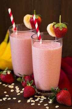 Strawberry+Banana+Oat+Smoothie - I love the addition of oats to this....
