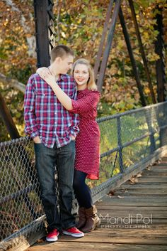 What to wear for engagement photos. Family Photography, Photography Ideas, Fashion Photography, Engagement Pictures, Engagement Shoots, Picture Ideas, Photo Ideas, Family Pictures, Couple Photos
