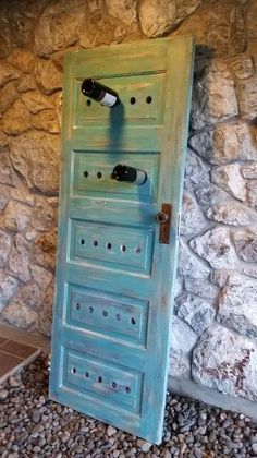 It& so easy to build your own wine rack yourself- So einfach kann man ein eigenes Weinregal selber bauen diy wine rack painted out of wooden door in blue - Old Door Projects, Wood Projects, Woodworking Projects, Woodworking Furniture, Diy Rack, Ideias Diy, Old Doors, Wine Storage, Record Storage