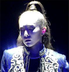 Queen Dara. 2/4