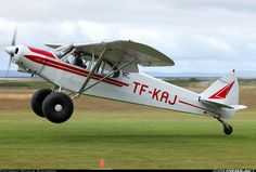 piper+cub+aircraft   Picture of the Piper PA-18-150 Super Cub aircraft Ultralight Helicopter, Stol Aircraft, Piper Aircraft, Small Airplanes, Propeller Plane, Bush Plane, Airplane Car, Float Plane, Private Plane