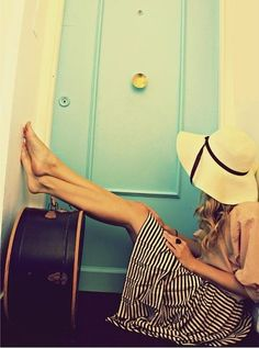 striped skirt/floppy hat - summer fashion to try. Love all these elements
