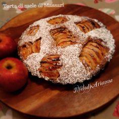 La torta di mele di Iginio Massari...una bontà è garantita visto quanto è buona e genuina con l'utilizzo di tante mele. Io usato mele annurche.