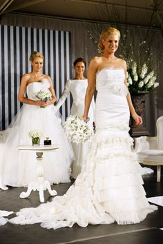 The Ultimate Wedding Planning Party has everything for a bride to ... http://yesidomariage.com - Conseils sur le blog de mariage